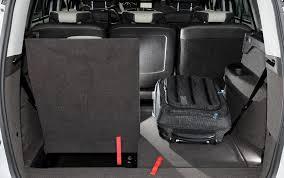 coffre lodgy 7 places essai renault grand scénic 1 6 dci 130 2012 l automobile magazine