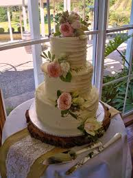 Vintage Rustic 3 Tier Wedding Cake