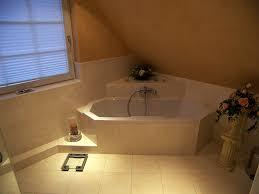 tageslicht im bad mit eckbadewanne bad 065 bäder dunkelmann