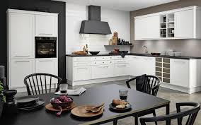 weiße landhaus küche in l form nolte kuechen