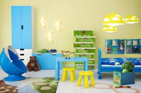 ikea chambres enfants meuble pour bebe ikea une bidouille amusante de table pour