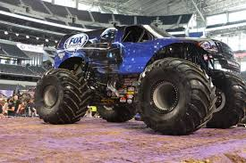 Image - Fox Sports 1 Cleatus.jpg | Monster Trucks Wiki | FANDOM ...