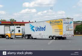 United Van Lines 18 Wheeler Tractor Trailer At Pilot Truck Stop In ...
