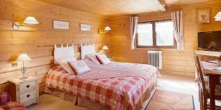 chalet chambre nos chambres et chalets les chalets de la serraz hôtel à la
