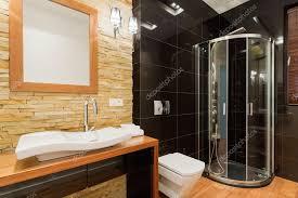 extravagante einrichtung des badezimmers stockfotografie