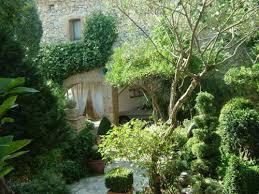 chambre d hote lussan le jardin de buis de lussan le jardin des cistes à montpellier