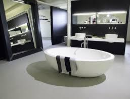 bäder komfortabel kaufen reuter badshop setzt auf