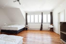 parquet pour chambre à coucher des parquets en bois pour la chambre a inspirations et parquet pour
