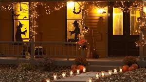 Halloween Yard Stake Lights by Spooky U0026 Safe Ways To Light The Halloween Night Christmas Designers