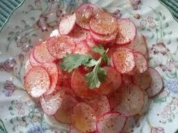 cuisiner navets nouveaux carpaccio de navets nouveaux et radis recette iterroir