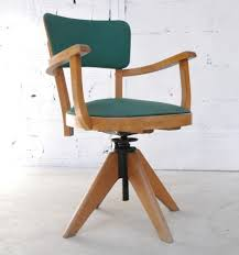 fauteuil de bureau en moleskine fauteuil ancien et vintage