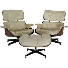 Pair Of Mid-Century Herman Miller Eames Lounge Chairs With Ottoman Eames Lounge Chair Ottoman In Mohair Supreme Charles Ray Eames Ea124 Ea 125 For Herman Miller Miller Lounge Chair And Ottoman White Ash Mohair Supreme Alinum Group Outdoor 670 Rosewood By Alinium Yellow Leather With Classic 1970s Soft Pad Chairs Details About Holy Grail 1956 W Swivel Boots 3 Hole Striad Fourstar Base From