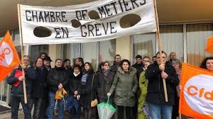 chambre des metiers dinan ploufragan les salariés de la chambre des métiers en grève ce matin