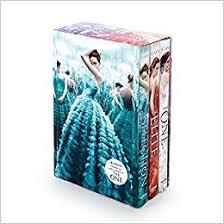 Amazon The Selection Series Box Set Elite One 9780062402660 Kiera Cass Books