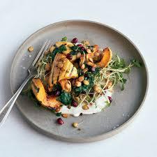 Foods Chefs Never Order In Restaurants Readers Digest