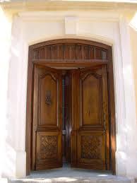 porte entree vantaux porte d entrée ancienne 2 vantaux en noyer restaurée doors