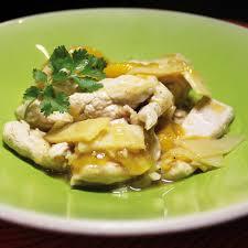 cuisiner la dinde emincé de dinde à la mangue et aux poireaux cuisine plurielles fr