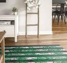 vinylteppich wohnzimmer gestreifte monstera pflanze