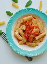 pâtes aux poivrons anchois et tomates l italie dans ma cuisine