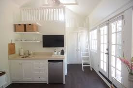 Cupcakes And Cashmere Tiny House