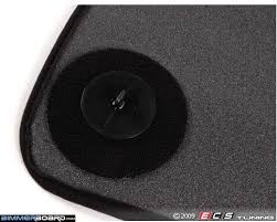 Infiniti G35 Floor Mat Clip by Question On Oem Floormats Do Yours Have Rear Hooks Xoutpost Com