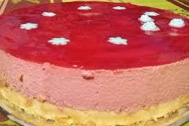 dessert aux fraises facile recette de gâteau à la mousse de fraise et biscuit la