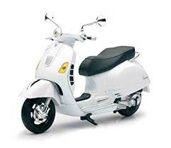 Vespa GTS 300 Super Die Cast Replica Model Color May Vary
