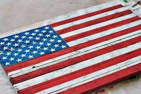 DIY American Flag Painting From Drying Wood Pallet Via Liblueboo