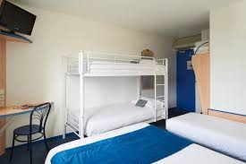 r駸erver une chambre reserver une chambre d hôtel pour cinq personnes pas cher à bordeaux