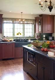 Primitive Kitchen Island Ideas by 66 Best Primitive Kitchen Images On Pinterest Primitive