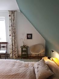 neue farbe an der wand schlafzimmer wandfarbe d