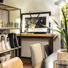 Modern White High Gloss TV Cabinet With Speaker Unit