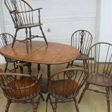 Very Nice Hale Company Dining Room Set Windsor Chairs