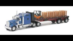 Kenworth Flatbed With Forklift And Pallet 1:32 Scale Diecast Truck ... Amazoncom 132nd New Ray Kenworth W900 Pot Belly Livestock Trailer Dcp 3987cab T880 Daycab Stampntoys Drake Z01382 Australian Kenworth C509 Sleeper Prime Mover Truck 132 Scale Diecast Lowboy Tractor Trailer With T700 Semi Truck Container 168 Toy For Showcase Miniatures Z 4021 Grapple Kit Kinsmart Die Cast Assorted Colours 143 Wlowboy Excavator D Nry15293 Mack Log Replica Flatbed Forklift Store