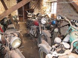 Bonhams Auctioning 50 Barn Find Discoveries - Motorcycle USA Insanely Sweet Motorcycle Barn Find Bsa C15 Barn Find Finds Barns And Cars Old Indians Never Die Vintage Indian Motocycle Pinterest Kawasaki Triple 2 Stroke Kh 500 H1 Classic Restoration Project 1941 4 Cylinder I Would Ride This All Of The Time Even With 30 Years Delay Moto Guzzi Ercole 500cc Classic Motorcycle Tipper Truck Barn Find Vincent White Shadow Motorcycle Auction Price Triples Estimate Motorcycles 1947 Harleydavidson Knucklehead Great P 1949 Peugeot Model 156 My Classic Youtube