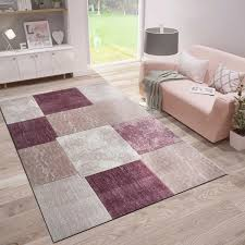 livingroom bedroom rug with patchwork design and contour cut in pink colour f9471 ceres webshop