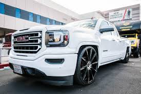 PHOTOS: The Best Chevy And GMC Trucks Of SEMA 2017