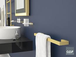 black nautic badezimmer accessoires für die hotellerie