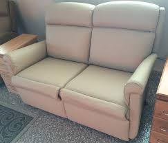 Rv Jackknife Sofa With Seat Belts by Best 25 Rv Recliners Ideas On Pinterest Leisure Rv Camper