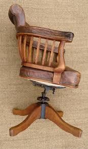 chaise de bureau antique fauteuil de bureau ancien pivotant bois assise ety dossier cuir