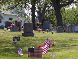 memorial day graveside decorations decorating of riverview cemetery