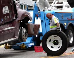 100 Semi Tow Truck Police Policies Aim To Curb Towing Abuses Crime And Courts