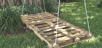Build A Relaxing Pallet Swing Bed Just In Time For Summer