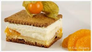 butterkekskuchen mit vanillepudding und früchten evasbackparty