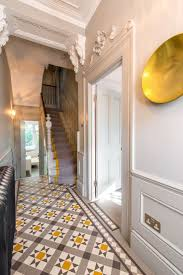 Tile Flooring Ideas For Family Room by Best 25 Tiled Hallway Ideas On Pinterest Victorian Hallway