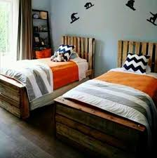 13 pallet ideas for kids room and furniture 101 pallets