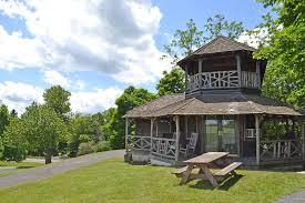 Kitchen Queen Stove 10 Hudson Valley Cottages Cottage Rentals