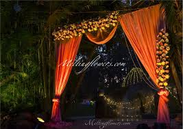 Enthralling Wedding Entrance Adornment Pictures