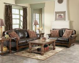 Traditional Small Living Room Design Idea With Rustic Sofa And Wooden Table