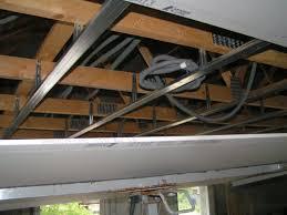 pose rail placo plafond 08 07 2011 placo plafond raillage et isolation des murs
